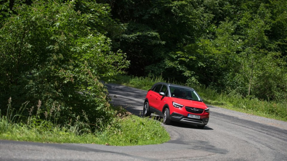 Opel Crossland X jízda 1