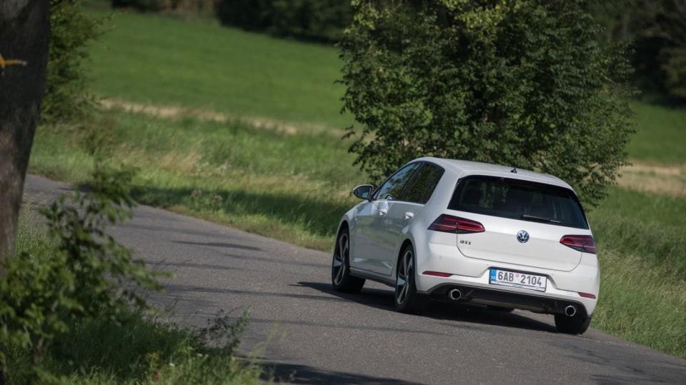 Volkswagen Golf GTI jízda 7