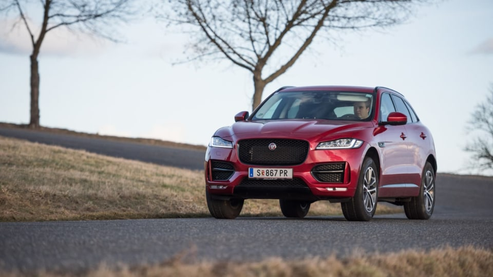 Testovali jsme luxusní Jaguar F-Pace 4
