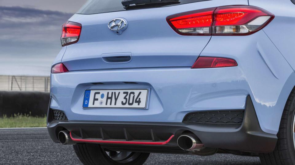 Prohlédněte si ostrý hatchback Hyundai i30 N do detailu. 4