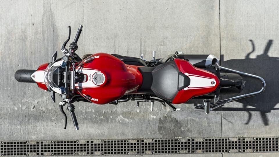 Ducati Monster 1200R - Obrázek 2