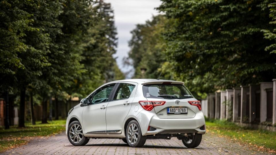 Toyota Yaris 1.5 VVT-iE exteriér 13