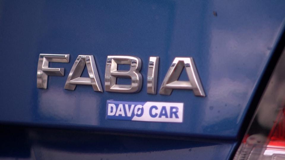 Bestseller Škoda Fabia - proklepneme všechny tři generace! 10