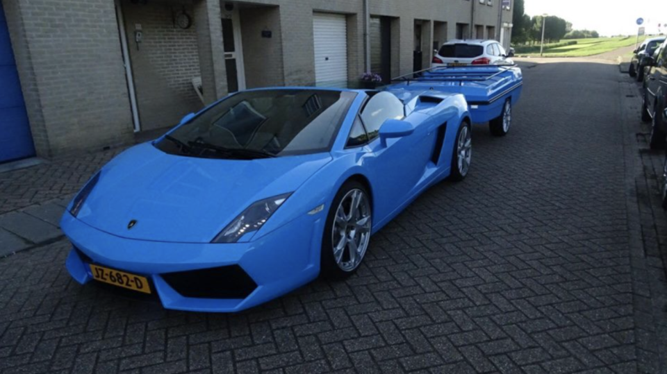 Lamborghini Gallardo s přívěsem 3