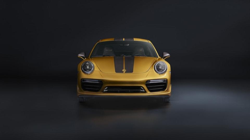 Zlaté Porsche 911 Turbo S Exclusive 3