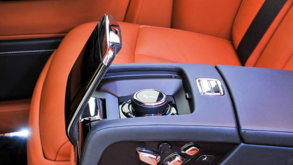 Rolls-Royce Phantom 2018 10