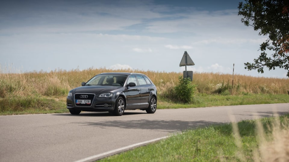 I s naftovým Audi A3 se solidně svezete. 12