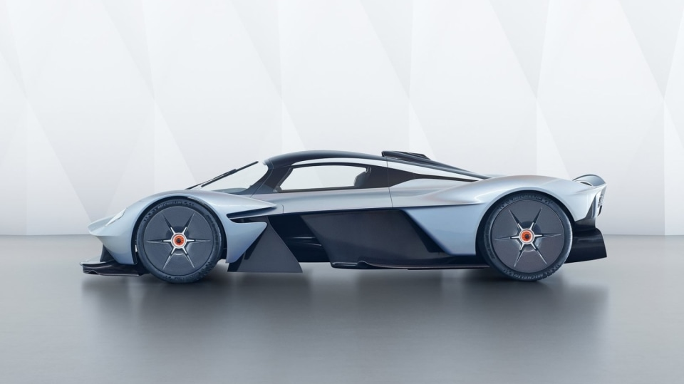 Aston Martin Valkyrie 9