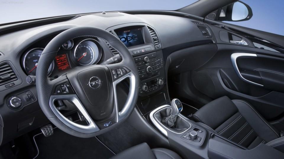 Opel Insignia OPC 9