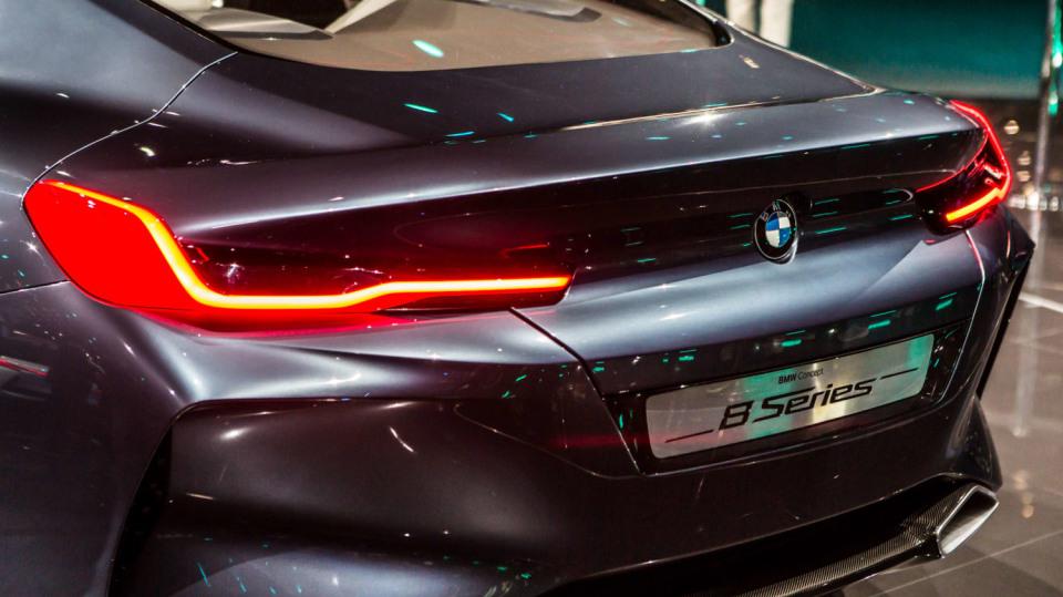 Působivé koncepty BMW na stánku ve Frankfurtu 20