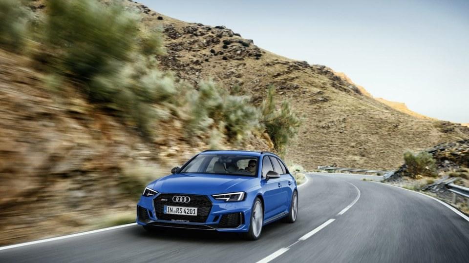 Audi RS4 Avant 7
