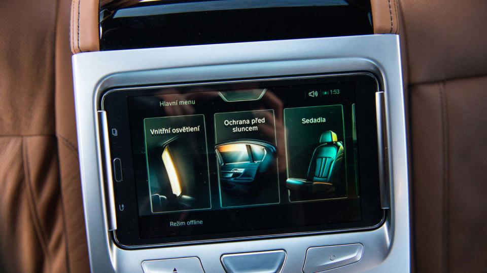 BMW 750Ld je limuzína za 4 miliony 7