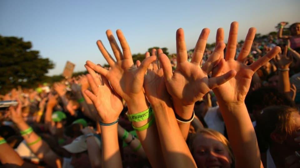 Kámoši, hudba, slunce, zábava - to je léto, jak má být!