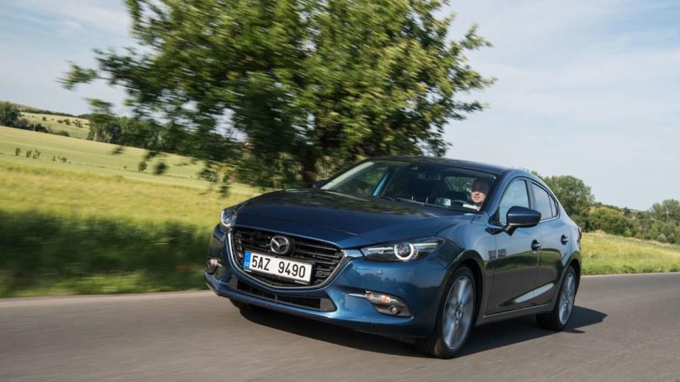 Mazda 3 má sportovní ambice. 4