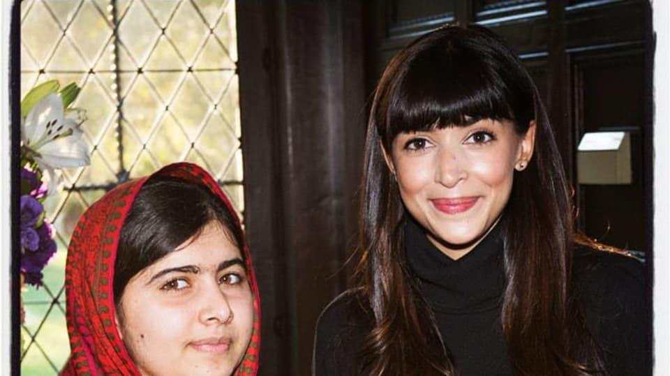 Hannah Simone a nejmladší nositelka Nobelovy ceny