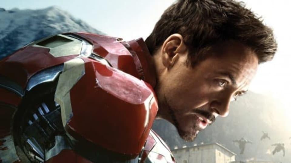 Robert Downey Jr. nestárne. A není to jenom díky photoshopu!