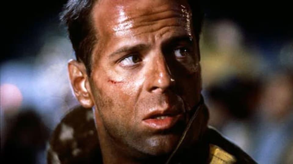 Smrtonosná past 1 - Bruce Willis