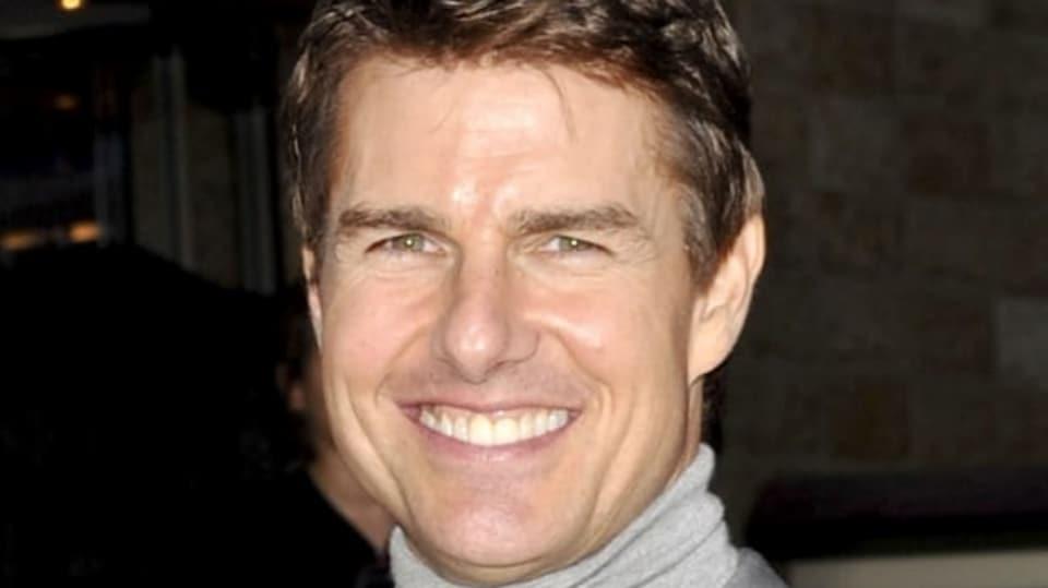 Tom Cruise je na heterosexuála až moc dokonalý