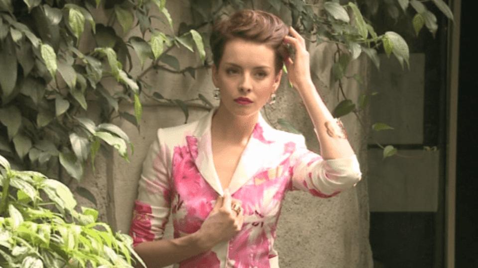 Video VIP zprávy: Česká Miss Gabriela Kratochvílová v botanické zahradě