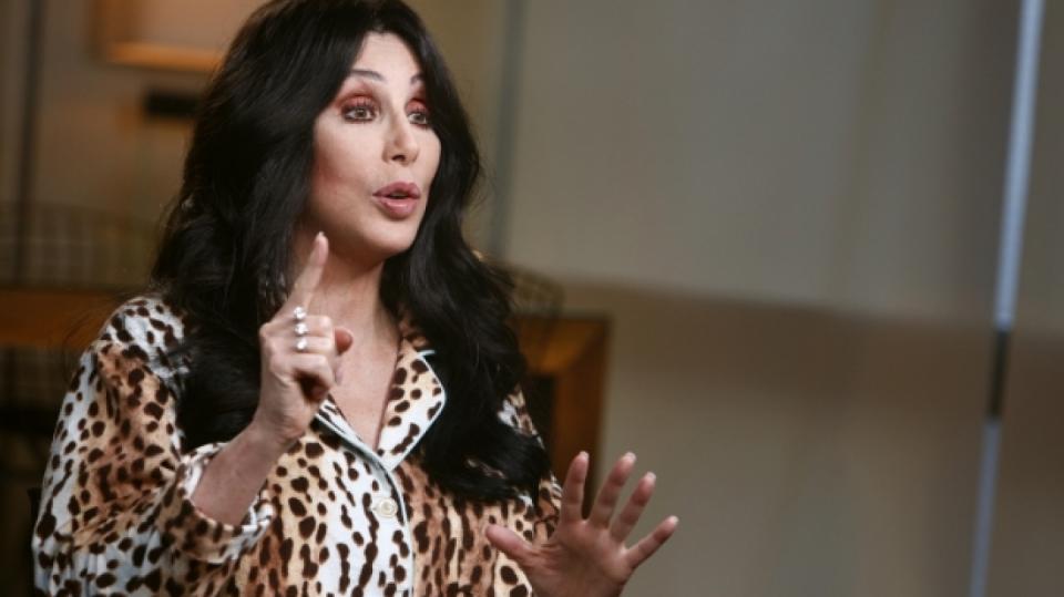 Cher se přiznala nejen k sexu s Tomem Cruisem, ale i se ženami