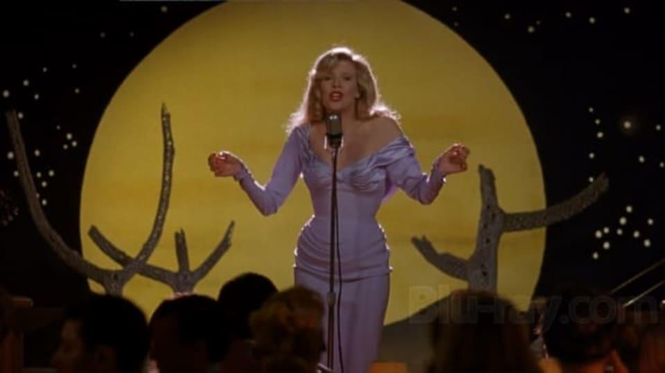 Kim Bessinger jako zpěvačka