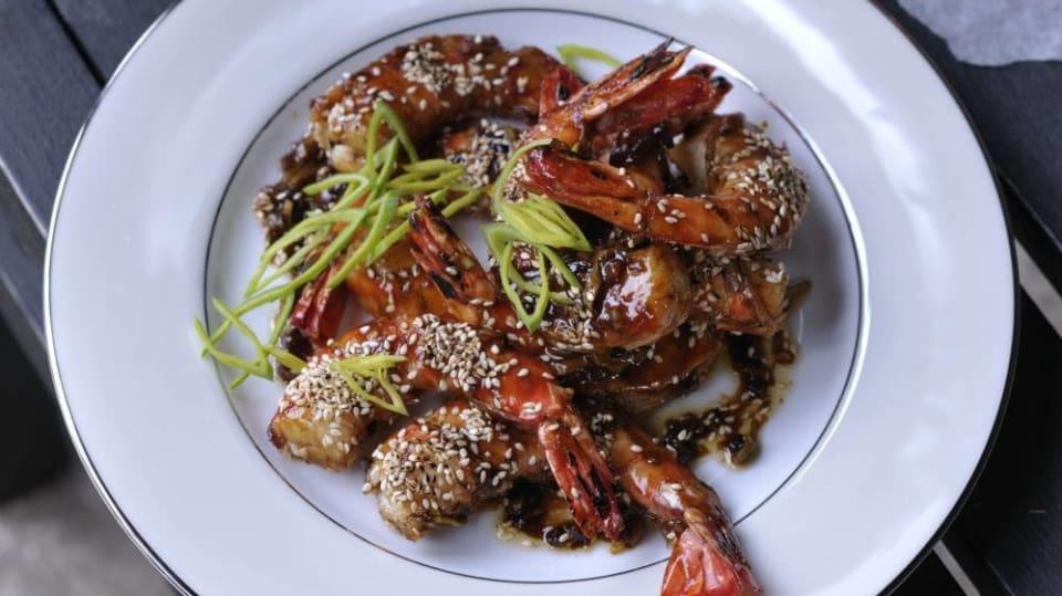 Šéf na grilu - Medovo-sezamové krevety