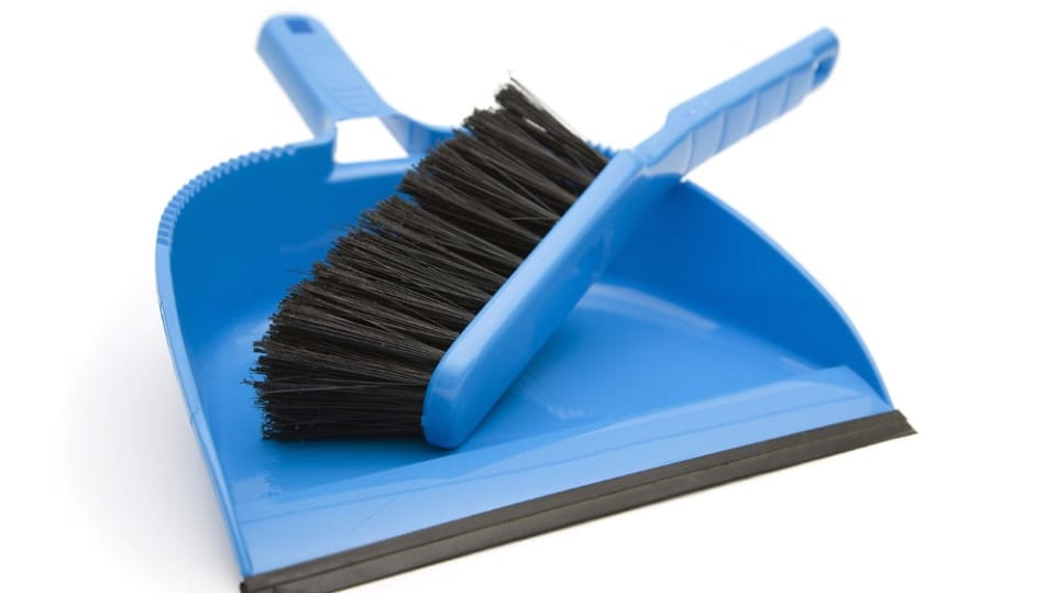 LOVE fórum: domácí práce, smetáček a lopatka