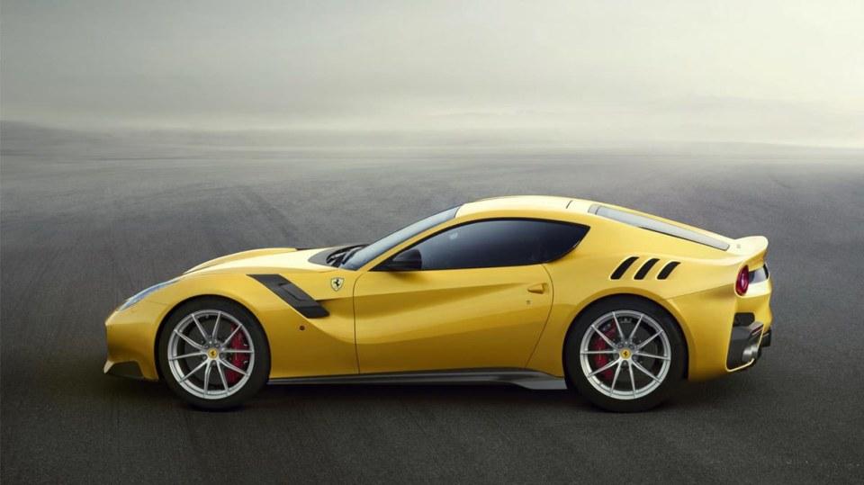 Exkluzivní Ferrari F12 TDF - Obrázek 3