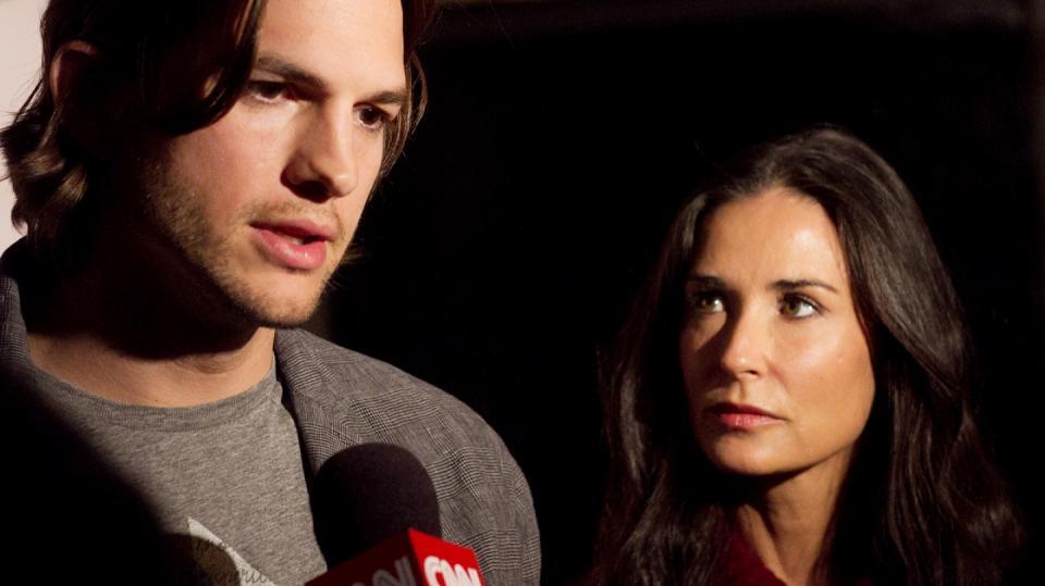 Smutné pohledy Ashtona Kutchera a Demi Moore, rozvod není nic příjemného