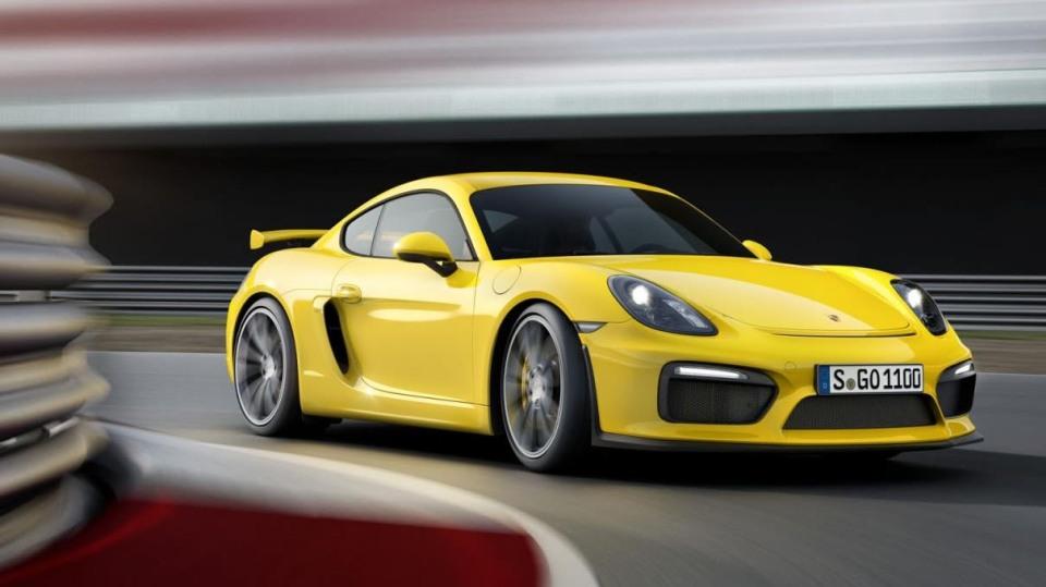 Porsche Cayman GT4 - Obrázek 6