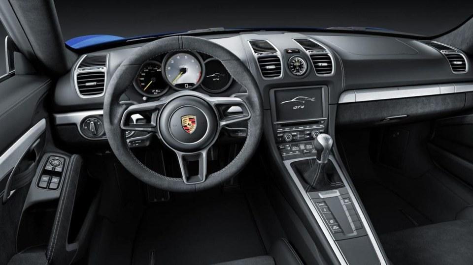 Porsche Cayman GT4 - Obrázek 8