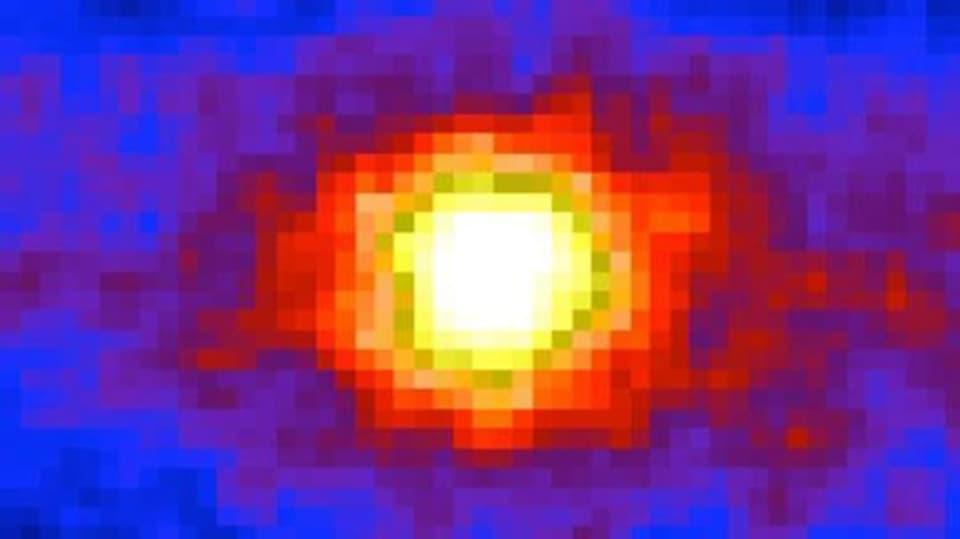 Slunce vyfocené skrz Zemi
