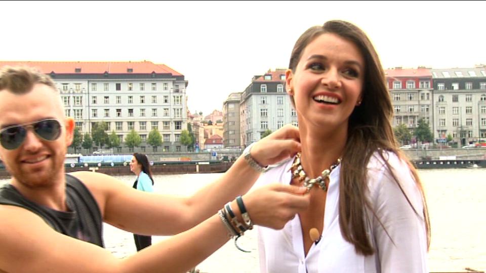 Video VIP zprávy: Natáčení Top Star Magazínu s Ivou Kubelkovou