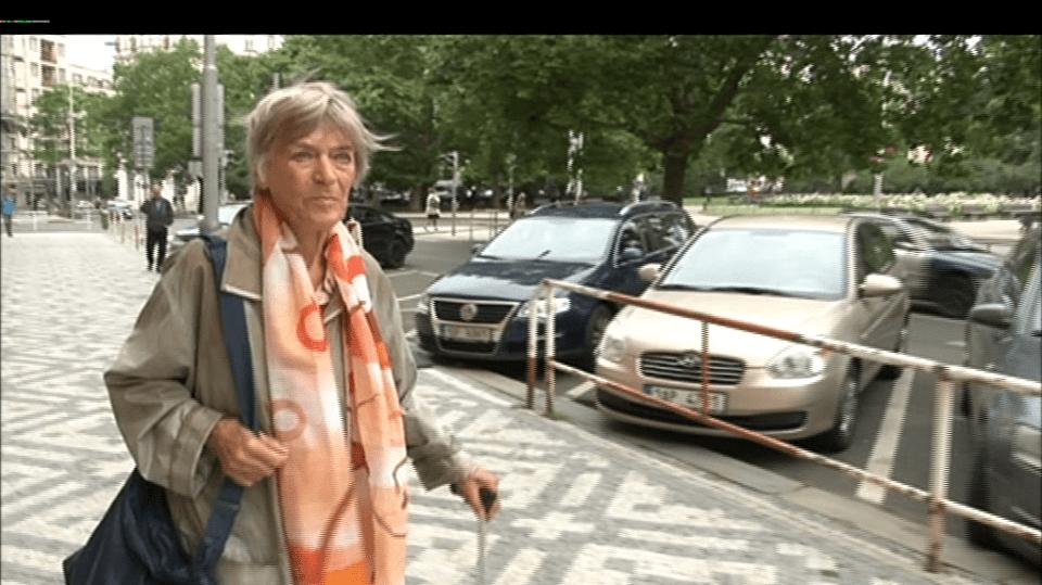 Video VIP zprávy: Luba Skořepová přišla o doklady