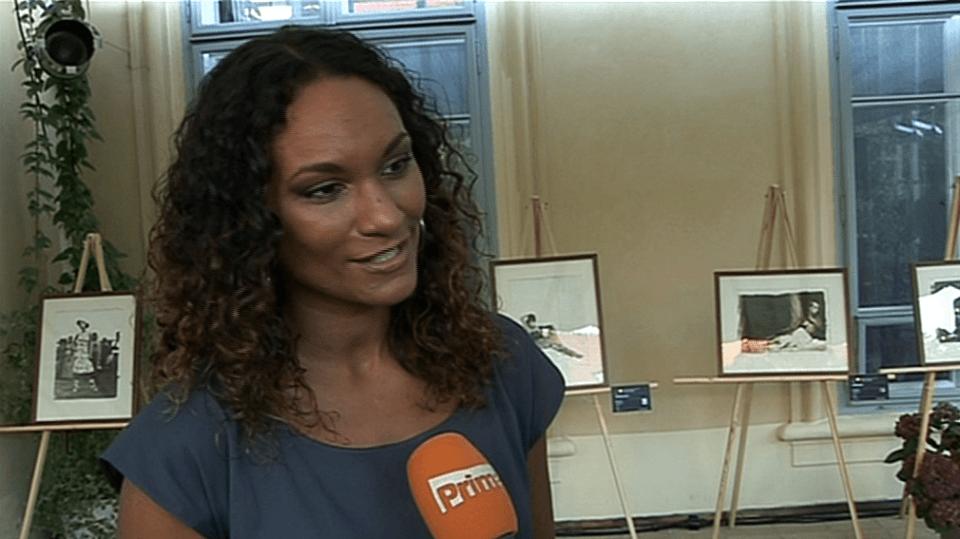 Video VIP zprávy: Lejla Abbasová se nechala nafotit od učedníka Roberta Vana