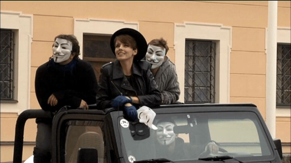 Video VIP zprávy: Gábina nasadila masku a vrhla se na kariéru herečky