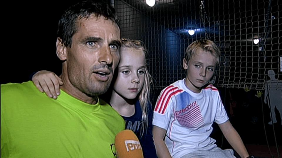 Video VIP zprávy: Roman pomáhá do života nejen svým dětem, ale i těm, které vlastní rodiče nemají