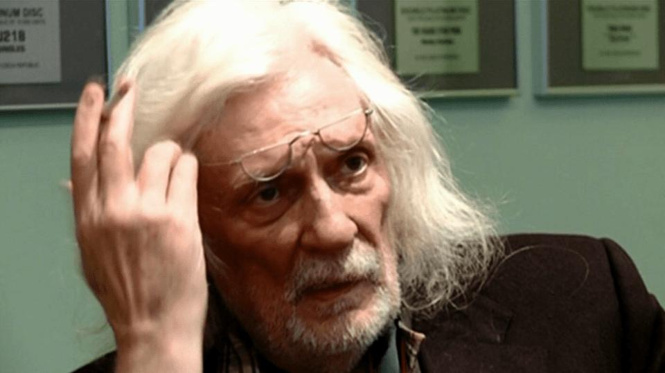 Video VIP zprávy: Petr Hapka už je z nemocnice zase zpátky doma