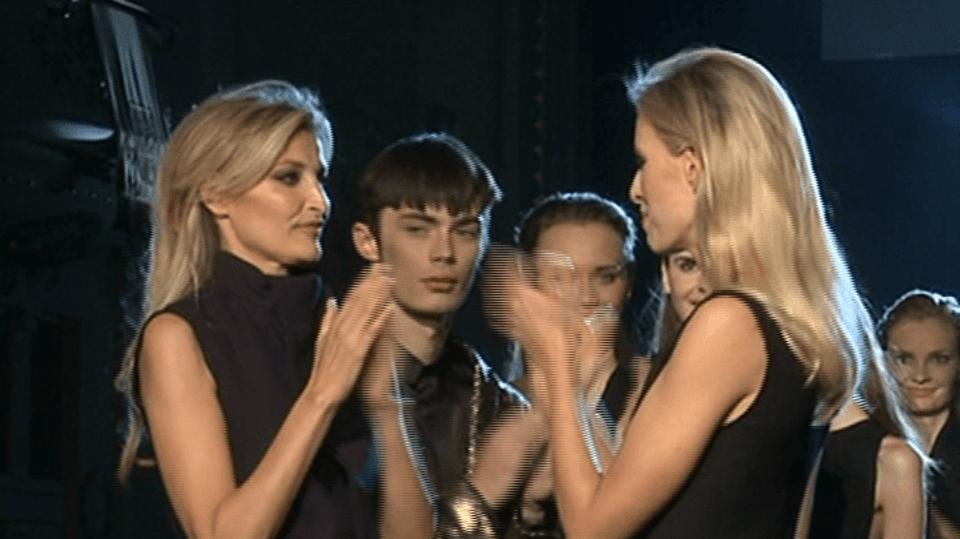 Video VIP zprávy: Topmodelky Maxová a Kurková se po letech potkaly na jednom pódiu
