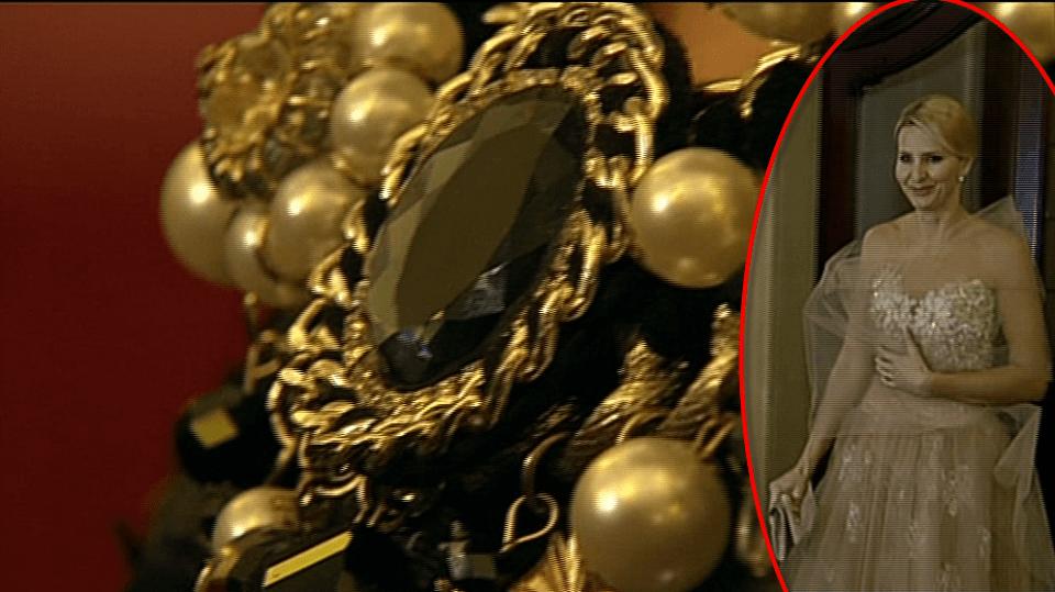 Video VIP zprávy: Uhodnete, kdo měl na na sobě na vyhlášení Českého slavíka tento nápadný šperk?
