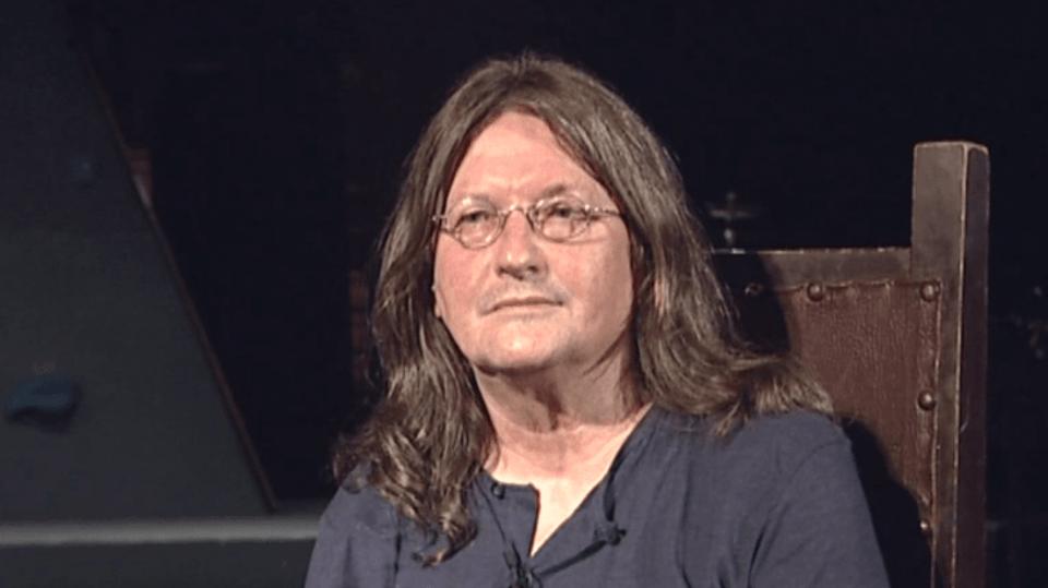 Zpěvák Ivan Hlas se ve svých šedesáti letech rozhodl stáhnout z veřejného života