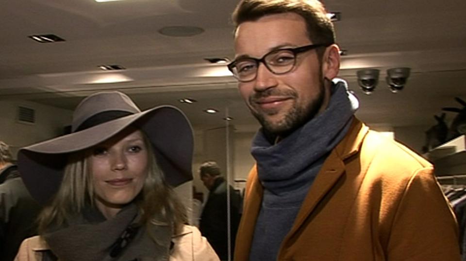 Video VIP zprávy: Jak dopadl u módního stylisty herec Lukáš Hejlík s přítelkyní?