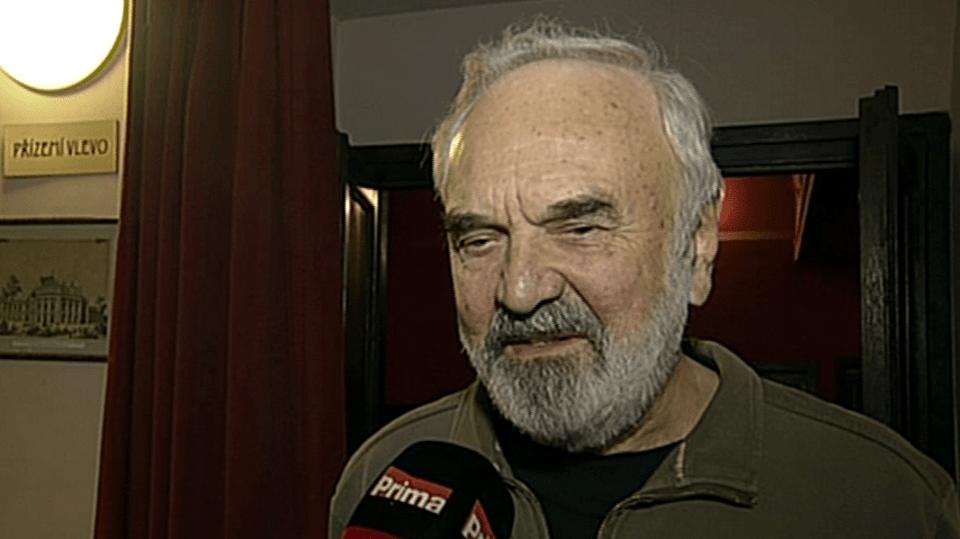 Video VIP zprávy: Zdeněk Svěrák má jednu zajímavou učitelskou úchylku - podívejte se!