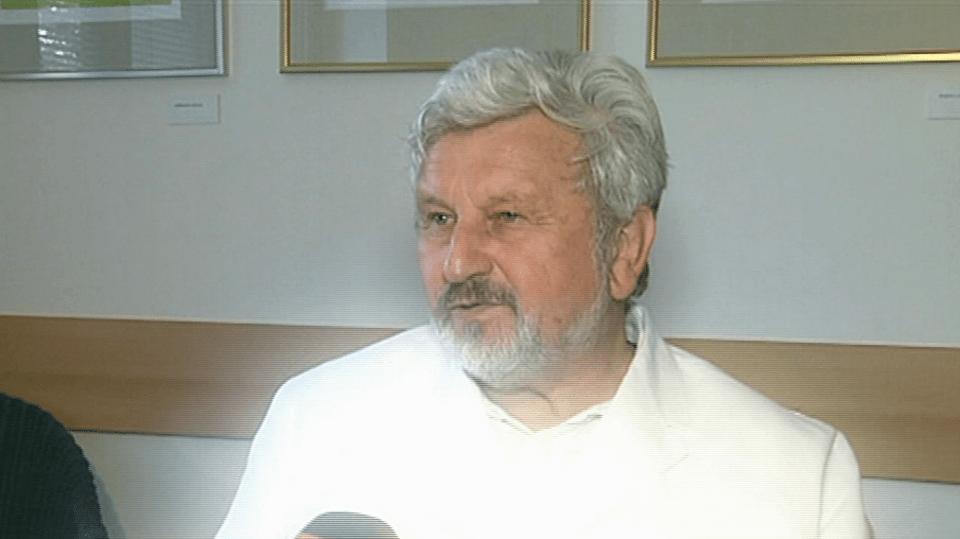 Video VIP zprávy: Psychiatr Cimický tvrdí, že nemůžeme pomoci někomu, kdo si nechce nechat pomoct. A že každý je zodpovědný sám za sebe