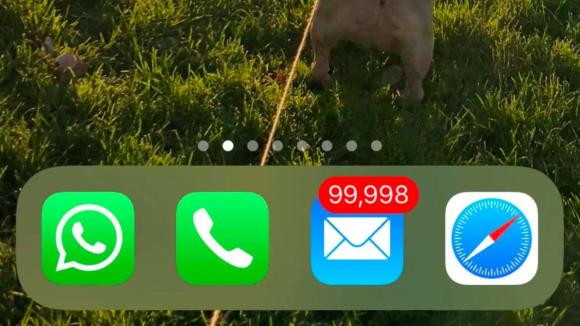 Když mailová schránka bobtná a bobtná...