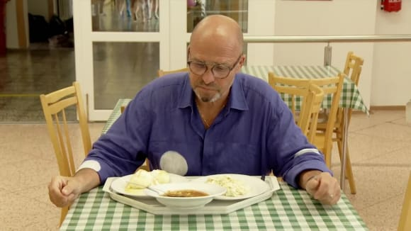 Ano, šéfe! VII (10) - Olomouc/školní jídelna: Návrat