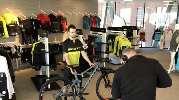 Bikesalon, to je i testování všech druhů kol, příslušenství, doplňků a oblečení.