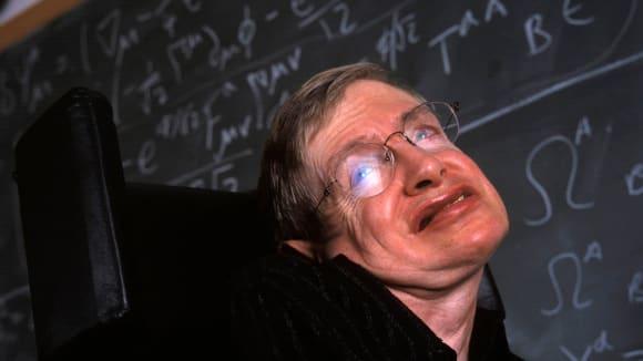 Ve věku 76 let zemřel vědec Stephen Hawking 5