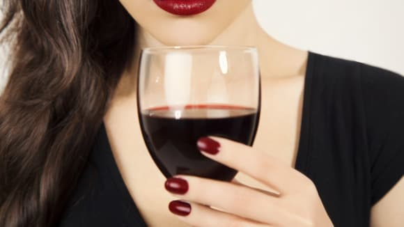 Tyhle věci se staly s tělem ženy, která poila každý den víno