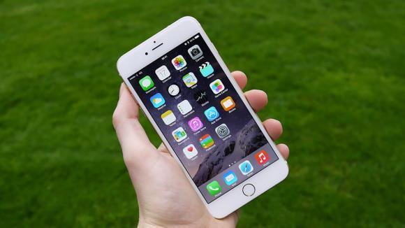 iPhony se zřejmě rozloučí se svým nejdůležitějším tlačítkem?